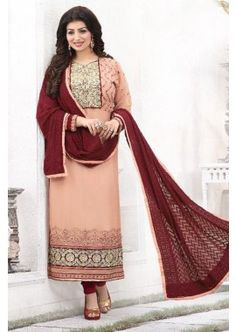 couleur pêche georgette churidar costume, - 88,00 €, #ModeBollywood #RobeBollywoodPasCher #RobeIndou2016 #Shopkund