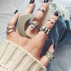 Love these rings by Gypsy Warrior Cute Jewelry, Jewelry Box, Jewelry Accessories, Jewelry Party, Jewellery, Chocker Necklace, Chokers, Do It Yourself Jewelry, Gypsy Warrior