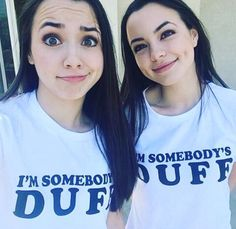 Merell Twins, Veronica Merrell, Veronica And Vanessa, Vanessa Merrell, Fat Friend, Famous Twins, Brooklyn And Bailey, Andi Mack, Face Treatment