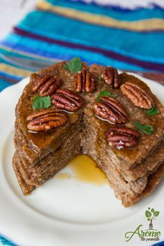 Clatite cu ovaz si scortisoara Raw Vegan Recipes, Keto Recipes, Cooking Recipes, Healthy Recipes, Vegan Sweets, Sweets Recipes, Desserts, Romanian Food, Sweet Cakes