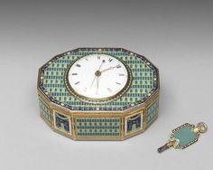 瑞士 約1785年 金胎畫琺瑯鑲錶音樂鼻煙盒