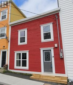 14 HAYWARD Avenue St.John's Newfoundland  (1125201) | This completely rebuilt home sits in one of St. John's more popular neighbourhoods on the doorstep of historic downtown with its shops and restaurants.For more info contact Wally Lane (709) 764-3363 wally@normanlane.ca