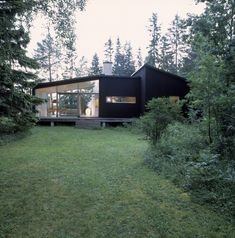 Swedish summer house | Designhunter - architecture & design blog    [Add 2nd bedroom and/or library/office and this is the perfect retirement home.]