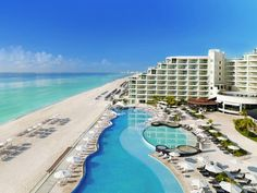 Hard Rock Hotel in Cancun is an all inclusive resort in Cancun with the best amenities and accommodation. The best Cancun all inclusive resort for you and your family. Cancun Mexico Resorts, Cancun Hotels, All Inclusive Resorts, Hotels And Resorts, Luxury Resorts, Hard Rock Hotel, Dream Vacations, Vacation Spots, Vacation Savings