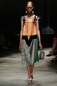 Prada Spring 2016 Ready-to-Wear Fashion Show