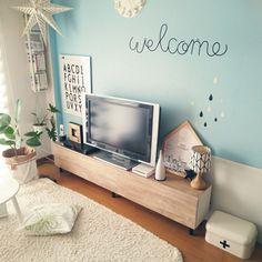 c-sanさんの、テレビ買い換えたいなぁ,嬉しいー♥,今日のおすすめに載っていた(๑>∀<๑),いいね!フォロー本当に感謝です(^人^),丸いテーブル,mtマスキングテープ,テレビ台,フランフラン,デザインレターズ,one's,観葉植物,IKEA,アパート,六畳,のお部屋写真