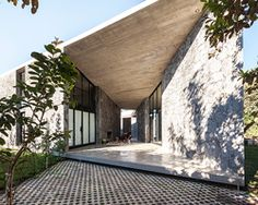 cadaval & solà morales constructs angular stone house in rural mexico