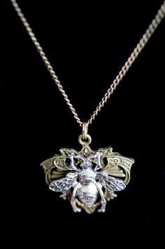 Queen Bee Necklace- love it!
