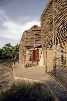 estudio cavernas builds school for refugees and migrants using rammed earth and bamboo - Bamboo Architecture, Vernacular Architecture, Modern Architecture House, Ancient Architecture, Sustainable Architecture, Amazing Architecture, Architecture Details, Modern Houses, Residential Architecture