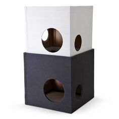 REPLUS/PlaytowerⅡ White&Grey 15750yen 遣わない時はコンパクトに収納できるボックス型のキャットタワー