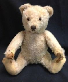 EARLY STEIFF 1920s ERA BEIGE CREAM MOHAIR 11 1/2 INCH TEDDY BEAR GLASS EYES