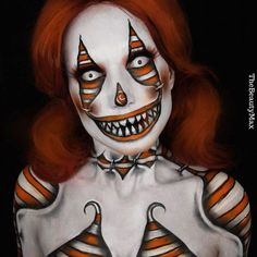 Check out these 20 awesome makeup ideas and tutorials for Halloween this year. Yeux Halloween, Cool Halloween Makeup, Halloween This Year, Halloween 2019, Scary Halloween, Halloween Costumes, Crazy Costumes, Creepy Makeup, Creepy Clown