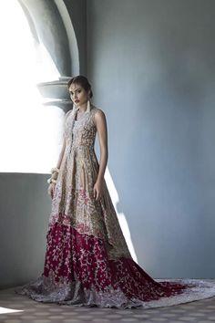 Famous Pakistani fashion designer Sania Maskatiya recently launched her bridal Collection 2016 Latest Bridal Dresses, Asian Wedding Dress, Pakistani Wedding Outfits, Pakistani Wedding Dresses, Bridal Outfits, Indian Dresses, Indian Outfits, Lehenga Wedding, Wedding Hijab