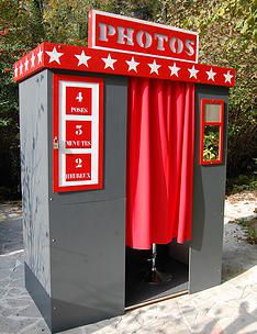 New vintage wedding souvenirs photo booths Ideas Photo Booth Setup, Photo Booth Backdrop, Photo Booths, Vintage Party, Vintage Diy, Coin Photo, Photo Polaroid, Photo Souvenir, Wedding Table Linens