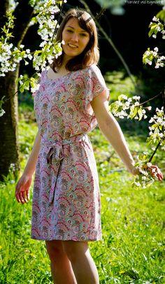 Vervliest und zugenäht: Stoff und Stil Sommerkleid