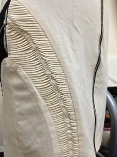 Innovative Pattern Cutting - panelled skirt design with slim wave tucks; - thesis - Innovative Pattern Cutting – panelled skirt design with slim wave tucks; Fabric Manipulation Tutorial, Textile Manipulation, Fabric Manipulation Techniques, Weaving Techniques, Fashion Art, Fashion Fabric, Fashion Design, Hijab Fashion, Oscar Wilde