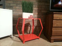 This little table adds some serious color pop to any room! #hpmkt