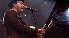 "Gavin DeGraw Brings McCartney Classic ""Maybe I'm Amazed"" To Center Stage In Electrifying Performance"
