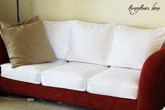 How to Make a Cushion Cover and other Couch Slipcover Tutorials! www.honeybearlane.com #slipcover #sewing