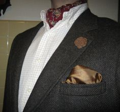 DARK CAMEL men's  boutonniere / lapel flower, hand crochet from repurposed yarns- perfect for weddings, formal events, and everyday wear.
