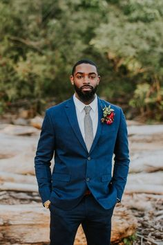 This elopement inspiration at The Falls of the Ohio features a pomegranate and dusty blue color palette and a vow exchange and picnic near the river. Red Bouquet Wedding, Wedding Men, Purple Wedding, Wedding Suits, Wedding Attire, Boho Wedding, Wedding Poses, Wedding Ideas, Mode Hipster