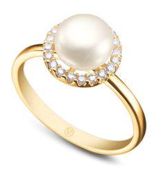 Anel em ouro amarelo 18K, 16 pontos de diamantes e 1 pérola. Joias Vivara. Coleção Perla.