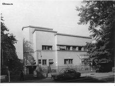 """Navimpex Galați de pe Bulevardul Republicii. Imagine din colecțiile Bibliotecii """"V.A. Urechia"""" Galați."""