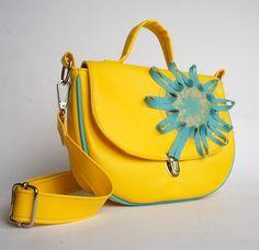 Kabelka Žltomilka Mobiles, Ramen, Saddle Bags, Products, Fashion, Moda, Fashion Styles, Mobile Phones, Fashion Illustrations