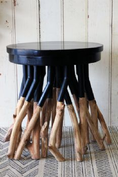 Forest Tree Table, con mas patas que un cienpies. #diseño #muebles