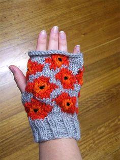 Marimekko, Knitting Hats, Textiles, Yarn Bombing, Knit Mittens, Hand Warmers, Sorting, Fingerless Gloves, Knit Crochet