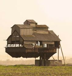 Unusual Architecture Around the World (10 Stunning Pics) - Part 3, Floating House in the Ukraine.