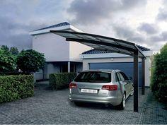 Le carport est la solution idéale pour abriter son véhicule et le protéger des intempéries tout en conservant un aspect esthétique et minimaliste. En vente exclusivement chez les concessionnaires Grosfillex.