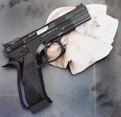 Real Guns - CZ's 75 Shadow T-SA Part 1