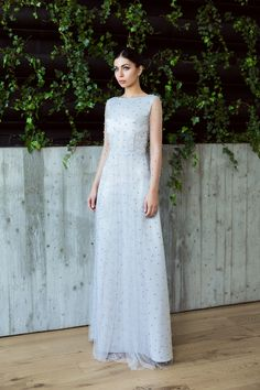 Silver tulle gown embroided with pearls / Tulle and pearls dress / Rochie de seara din tafta si tulle broad cu Perle - Maigre Couture