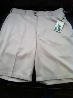 Donald Ross Men's Golf Shorts Khaki New With Tags size 42