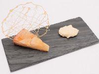 Gâteau renversé aux poires au petit goût d'amande Presque Parfait, V Max, Dessert Recipes, Desserts, Muffins, Food, Almond, Pears, Recipes