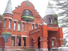 Travel + Leisure writes that Wilson Castle is the most romantic getaway in Vermont. The castle is only a half hour drive from The Hygge House - check it out on an upcoming stay! Romantic Destinations, Romantic Getaways, Rutland Vermont, Monument Rocks, Cameron Park, Natural Bridge, Beautiful Castles, Most Romantic, Romantic Places