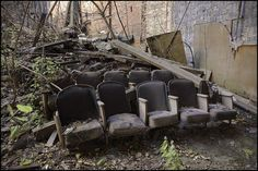 The Remains of a Long-Abandoned Theatre Derelict Places, Derelict Buildings, Abandoned Places, Abandoned Property, Abandoned Churches, Abandoned Hospital, Spooky Places, Ghost Hunting, Dark Places
