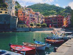 Les Cinque Terre (Italie) - classé au patrimoine mondial de l'UNESCO. 5 villages : Monterosso, Manarola, Corniglia, Vernazza et Riomaggiore