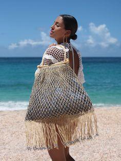 hippy room 392446555025810339 - Aphrodite Evil Eye Fringe Tote Bag Source by calisnukhet Crochet Handbags, Crochet Purses, Crochet Clutch, Hat Crochet, Crochet Bags, Aphrodite, Ethno Style, Crochet Shell Stitch, Easy Crochet Projects