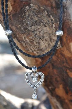 beautiful keepsake.  coastalcowgirl.net Coastal cowgirl horsehair jewelry