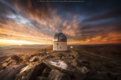 Magic sunrise at Las Campanas Observatory by Alberto Ghizzi Panizza #xemtvhay