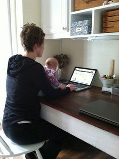 Interesting blog. The thing I like the most here is how she has her writing area set up in the photo. Time for a trip to Ikea! :)