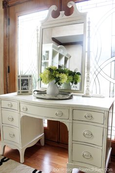Dressing Table Makeover in Annie Sloan Old White Im looking for something like this for my spare bedroom/dressing room