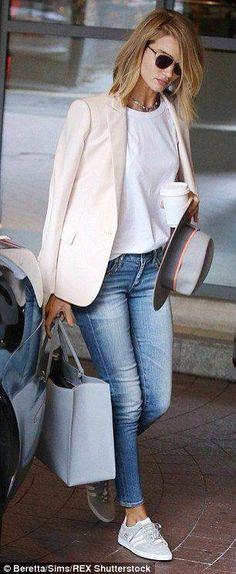 White blazer outfits · rosie huntington-whiteley looks chic in skintight jeans and blazer blazer jeans, Fashion Mode, Look Fashion, Fashion Outfits, Womens Fashion, Fashion Trends, Travel Outfits, Fashion Spring, Sneakers Fashion, Trendy Fashion