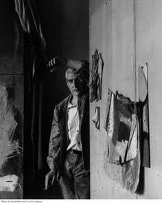Willem de Kooning in his studio, 1959