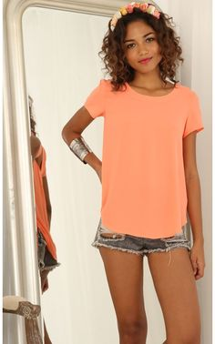 Tops > Triangle Cutout Tee In Orange