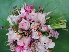 Ramo de novia bouquet en rosa claro de Mayula Flores #ramodenovia #bridalbouquet #tendenciasdebodas