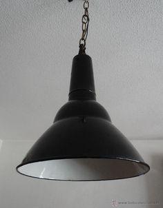 ANTIGUA LAMPARA ESMALTADA INDUSTRIAL DECO BAUHAUS. - Foto 3
