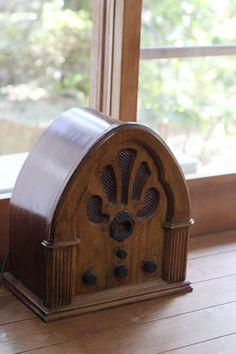 """old radio, gallery cafe """"hito to ki"""" kyoto kizugawa"""